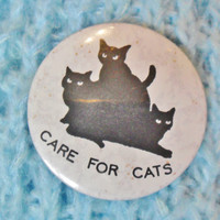 Vintage Retro 80s 90s Care For Cats Kitten Cat Lady Halloween Pin Badge
