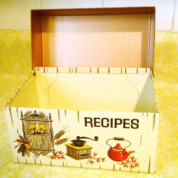 FREE Shipping!! Near Mint Condition  J Chen and Co Recipe Tin, Vintage Recipe Box J. CHE N & Co MADE in U.S.A.