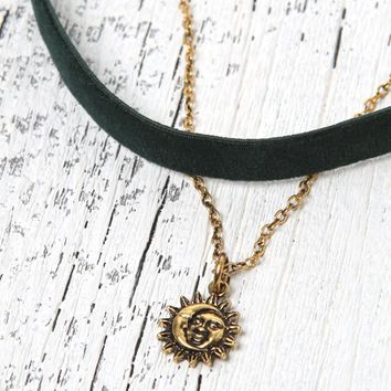 LA Hearts Velvet Sun Moon Choker Necklace Set - Womens Jewelry - Green - One