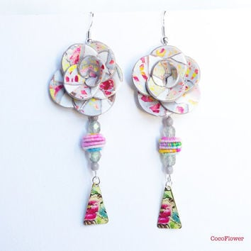Spring Pastel Flower earring / Wedding guest Garden party