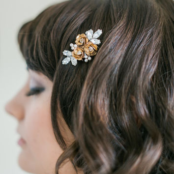 Bridal Hairpiece, Gold Plated Flower and Rhinestone comb, Bridal comb- MADE TO ORDER- Style 5614