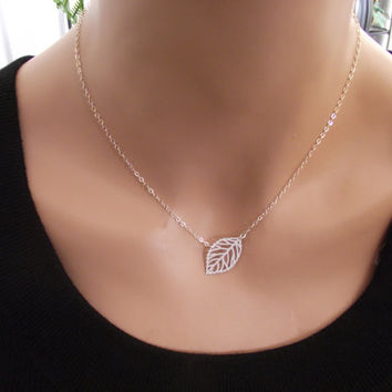 Leaf Silver Necklace, Sterling Silver necklace, Leaf Jewelry - Cute, Dainty, mother, mom, teen, Brithday gift