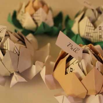Fifty (50) Origami Lotus Blossom Wedding Favors with Personalized Message (Sheet Music Accent) - Alternative Wedding Flowers