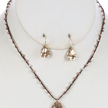 BE-YOU-TIFUL Charm Necklace Set