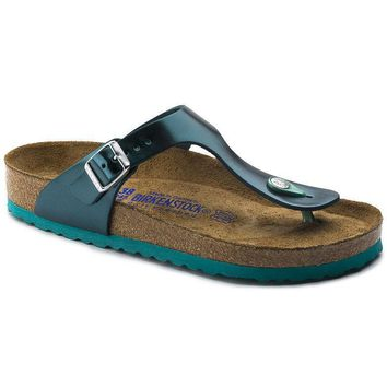 Sale Birkenstock Gizeh Soft Footbed Leather Metallic Green 1003482 Sandals