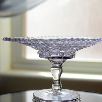 Luscious Lavendar Tint Glass Cake Stand Vintage Purple Glass Cake Plate Crystal Wedding Centerpiece