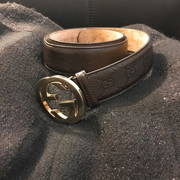 Gucci leather belt with interlocking G buckle 95/38