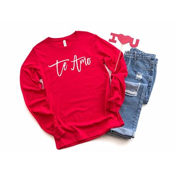 Te Amo Long Sleeve Graphic Tee