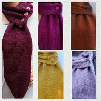 Andrea Scarf (Neck Warmer Triangle Tip Scarf)