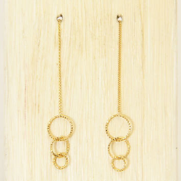Gold Interlaced Circle Earrings