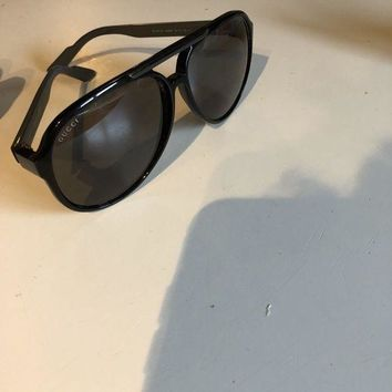 ONETOW gucci sunglasses authentic