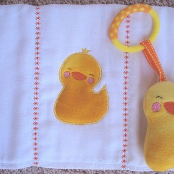 Duck Burp cloth applique yellow with matching duck softie toy with c clip. Burp cloth can be personalized for an extra charge.