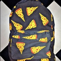 SWEET LORD O'MIGHTY! THE PIZZA BACKPACK