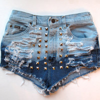 Blue, light blue / Distressed & studded/ high waisted