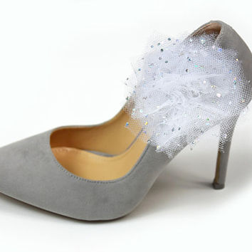 Clips for shoes - white tulle with brocade shoe clips, sparkly glitter, shoe accessories, wedding shoe, wedding shoe clips