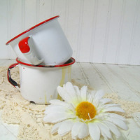 Vintage Red on White EnamelWare Metal Coffee Cup Set - Retro Shabby Chic EnamelWare Camping Mugs Combo - Tin FarmHouse KitchenWare Decor Duo