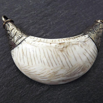Large Conch Shell Tribal Necklace Collar Pendant - Plain - Nepalese Handmade Silver Plated Brass
