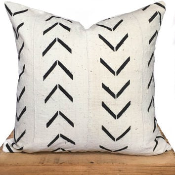 "20"" Inch White African Mud Cloth Pillow Cover"
