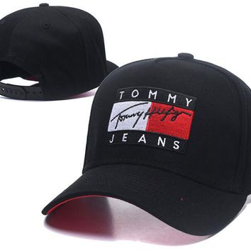 Tommy Jeans Trending Stylish Embroidery Sports Sun Hat Baseball Cap Hat Black