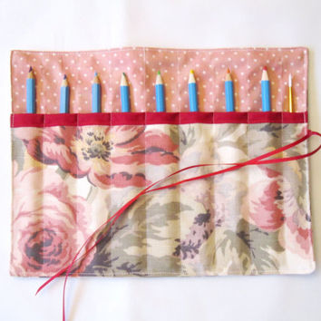 Pencil Roll/ Crochet Hook Case/ Cosmetic Brush Roll/  Arts and Crafts storage/ Flower pattern/ Red Ribbon