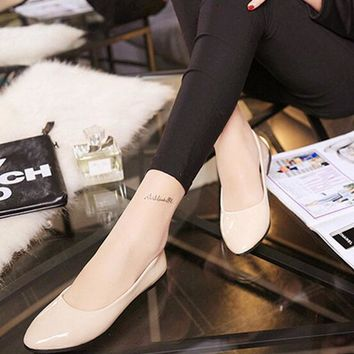 2016 New Arrival Vintage Casual Lady Black Solid Color Patent Leather Flat Shoes Brief