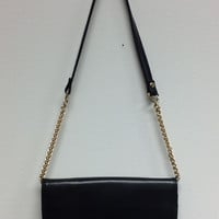 Liz Black W Chains Strap Purse (V)