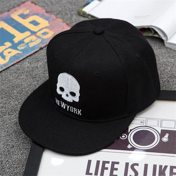 The new snapback DSQ couple baseball cap along the street level Korean men and women fashion hip-hop hip-hop cartoon skull cap