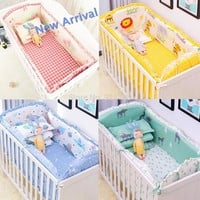 2018 New 6Pcs Baby Crib Bumpers Bedding Cartoon Baby Bedding Sets Bed Around Cot Sheets Cotton Thickening Beautiful Baby Bumper