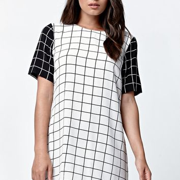 LA Hearts Short Sleeve Window Pane Dress - Womens Dress - Black