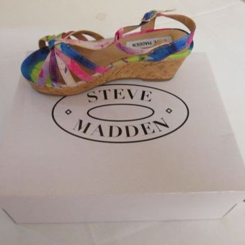 STEVE MADDEN OPEN TOE ANKLE STRAP WEDGE SANDAL KIDS 1 M