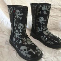 CHEN1ER New Uggs, Skulls and Sequins
