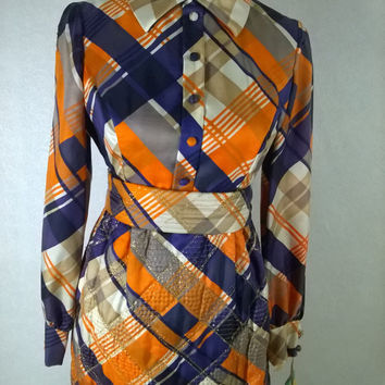 Sze 7 / 8 retro 70's Brenner Couture Maxi Hostess Dress, NWT, Quilted Acetate, Fabulous Fall Dress