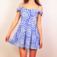 Dainty China Dress - sold out