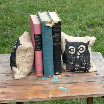 $16.00 Owl  Petit  Burlap Feed Sack Pillow Pair  by nextdoortoheaven