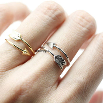 Thin Arrow Ring ,arrow wrap ring, arrow knuckle ring, knuckle ring, arrow midi ring