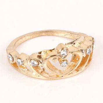 Fashion Accessories  Hollow Out Rhinestone Crown RIngs Heart Finger For Weddnig Gold Silver 2 Colors