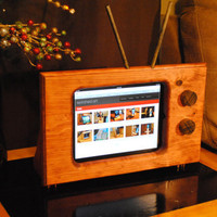 Handmade wooden classic style TV stand for Apple iPad 1, 2, and 3