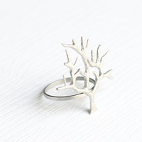 Branch twig ring Texturized sterling silver by Hoas on Etsy