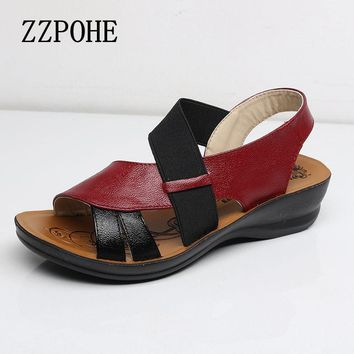Soft bottom middle-aged Sandals large size