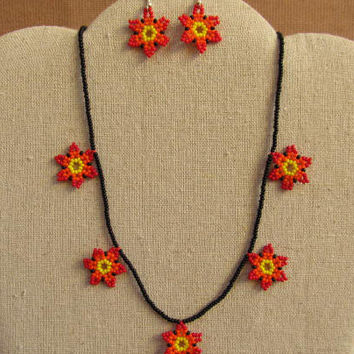 Huichol necklace earrings beaded Mexican Folk Art Mexico Hobo Flower # H10