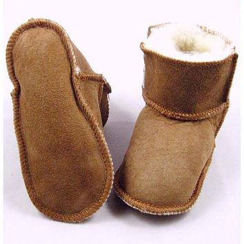 2016 New Brand leather fur Warm baby first walkers Winter kids Boots \Toddler Shoes\soft sole Infant Shoes for baby boy and girl