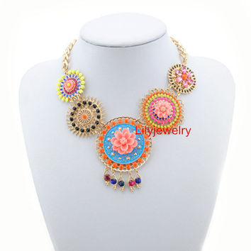 Beautiful Floral Necklace Jewelry Gold Chunky Statement Chain Necklace Bubble Bib Necklace Bib Choker Necklaces For women