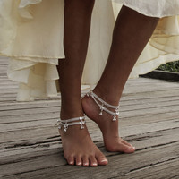 Lovely silver anklet for barefoot bride, beach weddings and free spirited Gypsies. Style: 'Echo'. Anklets sold separately.