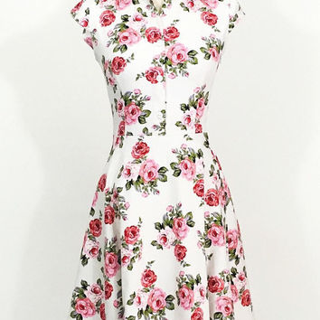 Floral dress, pink rose dress, summer dress, wedding guest dress, vintage style dress, 1950s dress, flower dress, party dress, sundress
