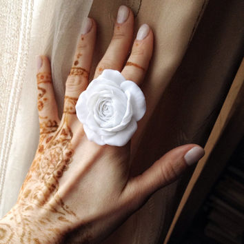 Handmade flower ring, rose ring, flower jewelry, polymer clay ring, white rose ring, big flower ring