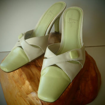 Women's 7M Mint Green Shoes by LifeStride/Dressy Sandals/  Mad Men Style/ Vintage Shoes by Feisty Farmers Wife