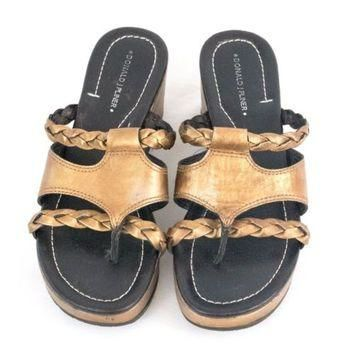 Donald J Pliner Sandals 9M Gold Tone Saga Leather