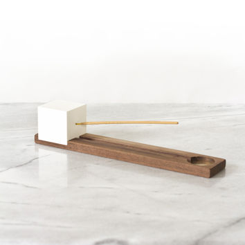 Lonewa Incense Burner No. 1 - White Cube with Walnut Base