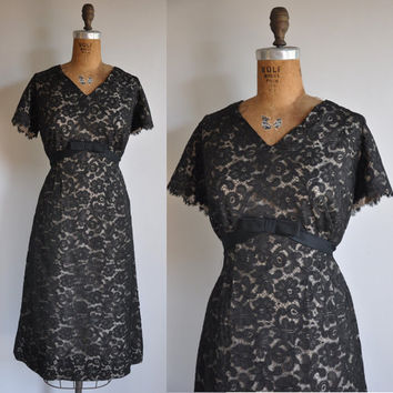 vintage 1950s black lace Belo Ball cocktail by simplicityisbliss