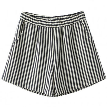 Elastic Waist Striped Shorts